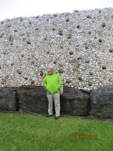 Evaluating the quality of stonework a New Grange c.3200 predating the pyramids.